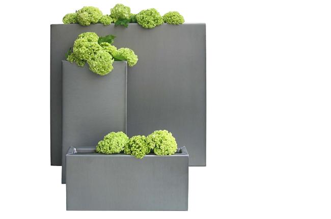 James Heeley / Design on zinc car, zinc patina, zinc dog, zinc basket, zinc metal, zinc chest, zinc desk, zinc table,